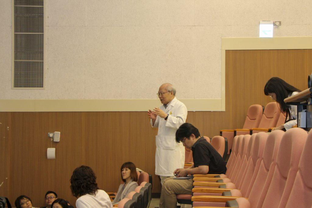講義のあと大学病院歯科医師との質疑応答